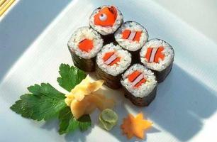 finding_nemo_sushi.jpeg